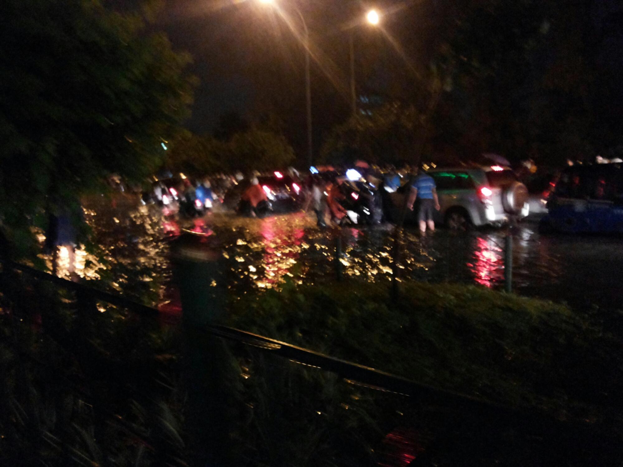 Renungan Saat Hujan