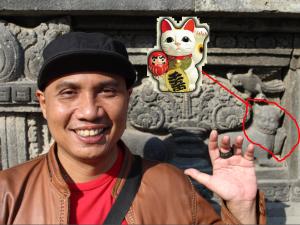 Manekineko Wisata Candi Prambanan