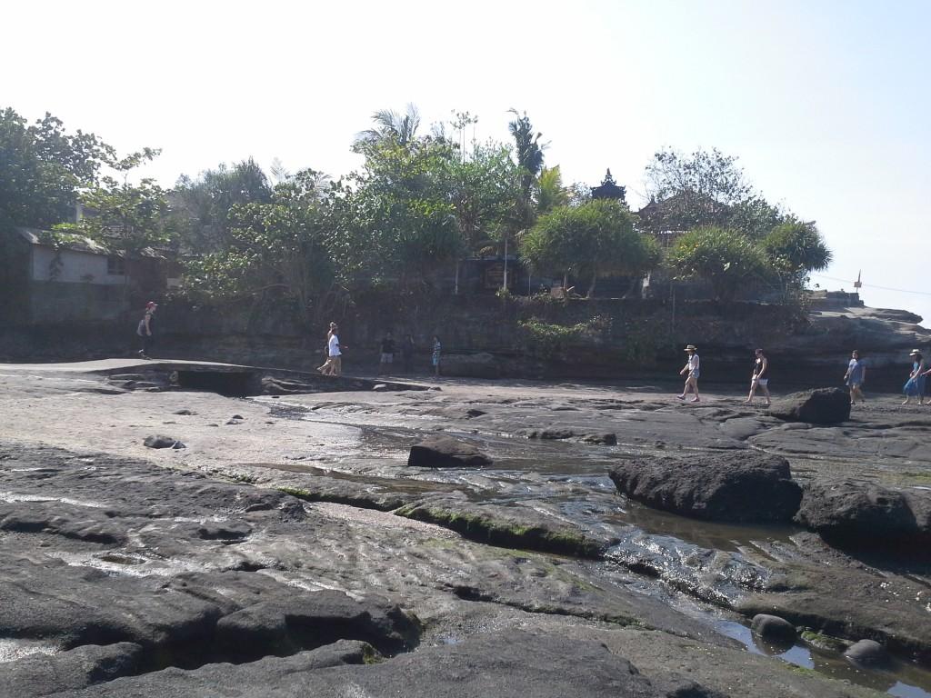 Tempat Wisata di Bali Pantai Tanah Lot