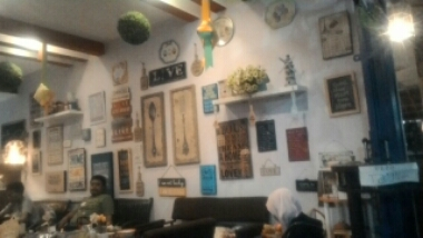 Tempat Hangout di Jogja Angkringan Kring Krong