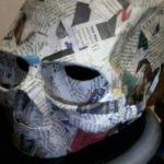 panji-tengkorak-kertas-koran-bekas-papier-mache