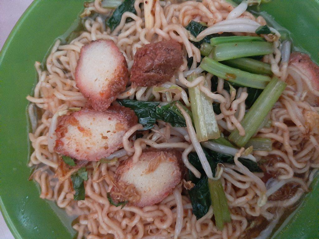Bakmi Garing Vegetarian: Rumah Makan Vegetarian di Jelambar Jakarta Barat